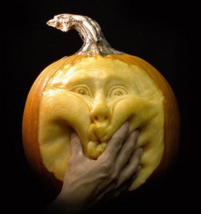 Pumpkin carving #1, having pain.
